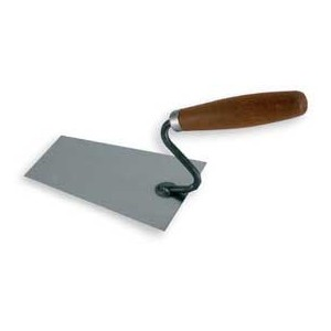 Black bucket trowel  160mm